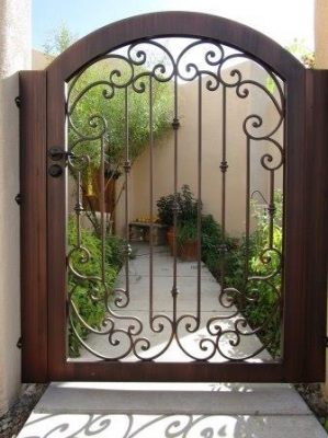 Ornamental Iron Gate | IG858