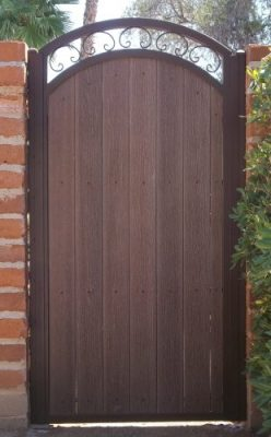 Iron and Synthetic Wood Gate | WG8002-2