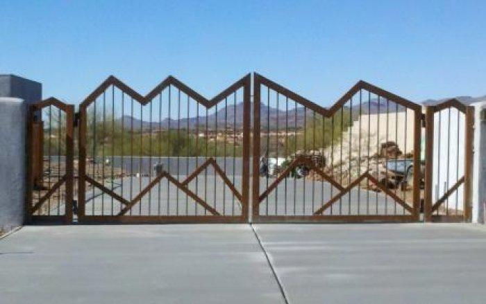 Driveway Gate | Double Gate | Mountain Style Design Gate