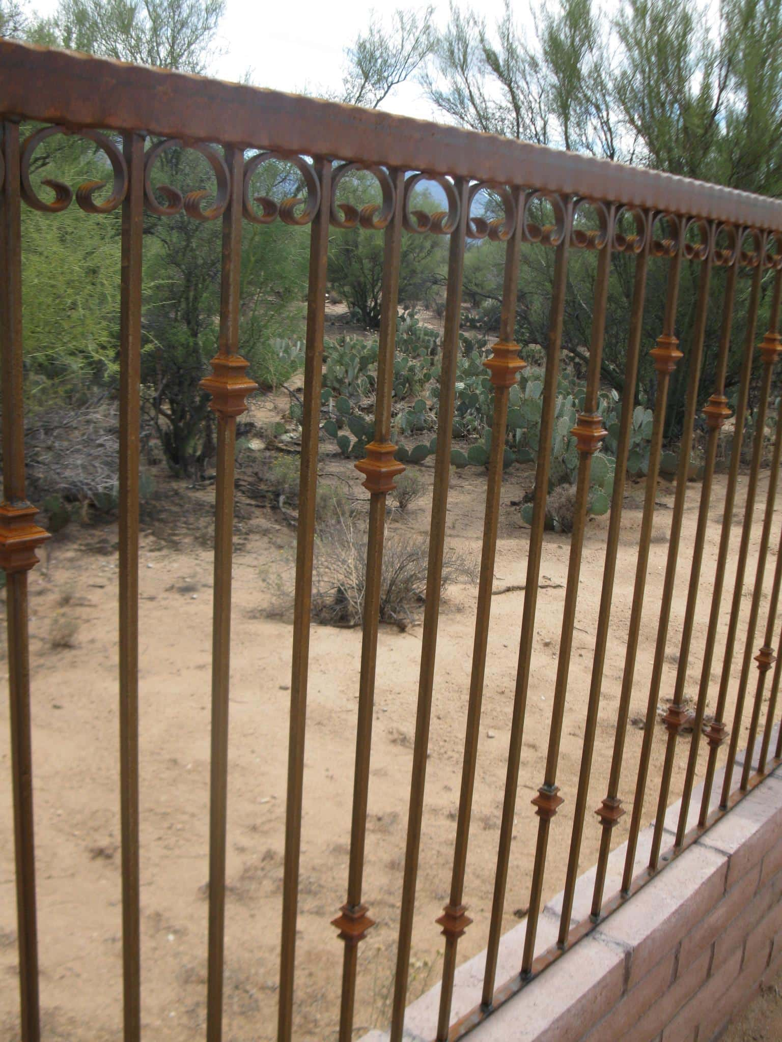 Iron Fence with our Alternate Knuckle Pattern IF229