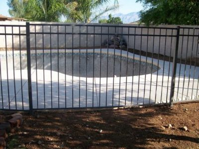 IF103 Pool Fence