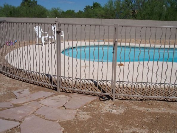 IF102-3 A/W Pool Fence