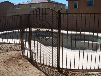 IF101-3 A/T Pool Fence