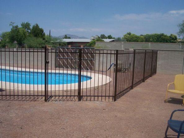IF107 E/P P Pool Fence