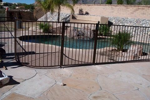IF100-14 ST Pool Fence