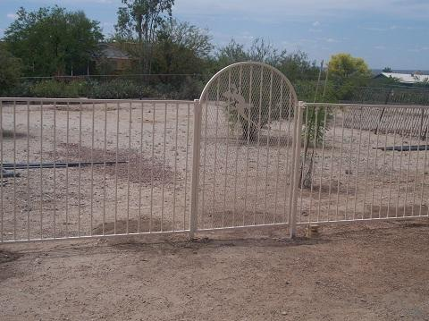 Pool fence with gates and trellis backing IF100-12 ST