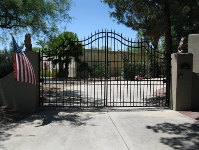 Driveway Gate | Double Gate