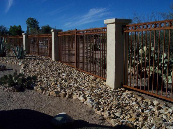 Tucson style iron fence with rusted patina IF205