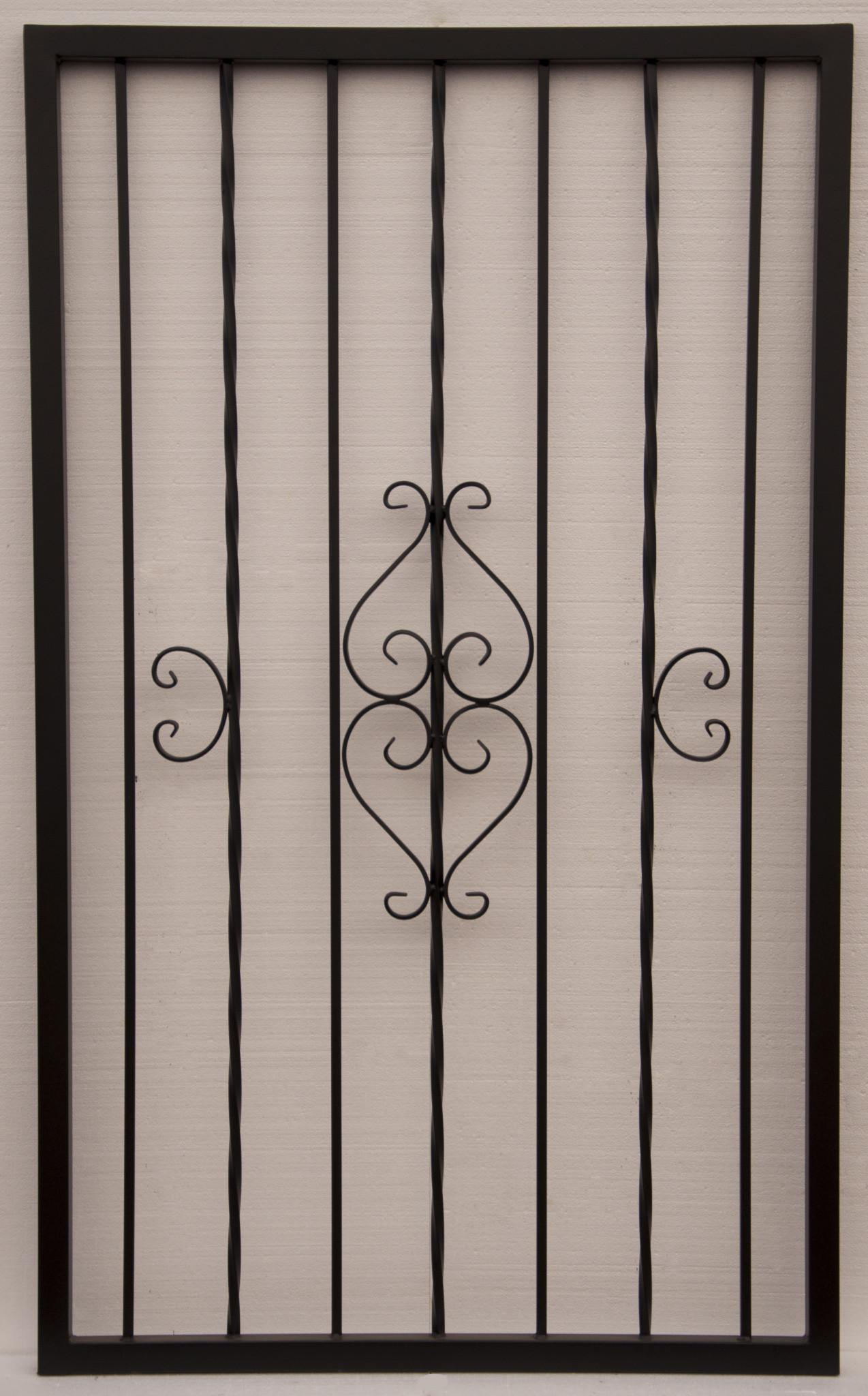 Wrought iron gate with scroll work and alternate twist pattern IG087