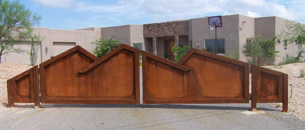 Driveway Gate | Rusted Metal Gate | Mountain Top Design Gate