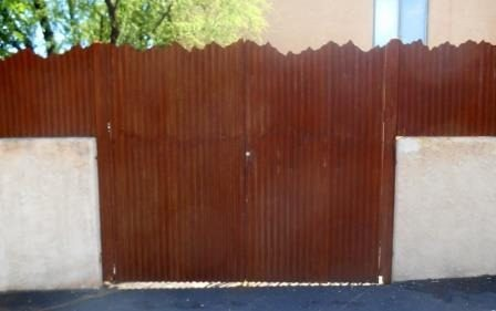 Corrugated Steel Fence with Mountain Top Design | CF237
