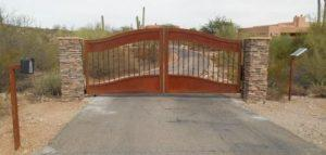 Driveway Gate | Double Gate | Rusted Metal Gate