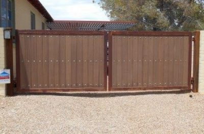 Iron and Synthetic Wood Gate | WG8011
