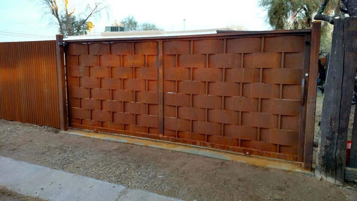 Corrugated Steel Fence And Trellis Fence Made In Tucson