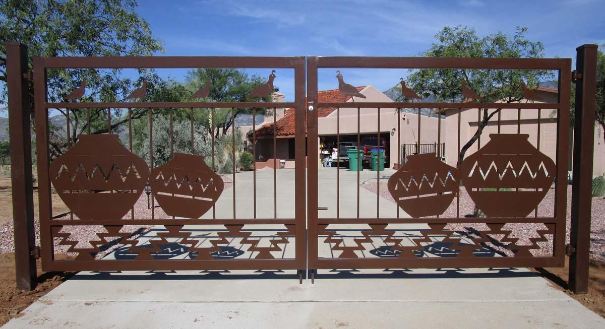 Double driveway gates with southwestern style (quails, Navajo pottery and geometric motifs) and rust finish 22AG (2)